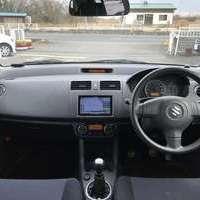 スイフト 1.3XG 4WD シートヒーター フルセグ Bカメラ ETCのサムネイル